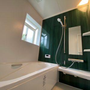 お風呂 リフォーム 浴室を一新へ。